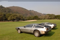 1983 DeLorean DMC-12 image.