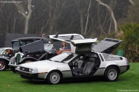 1982 DeLorean DMC-12 image.