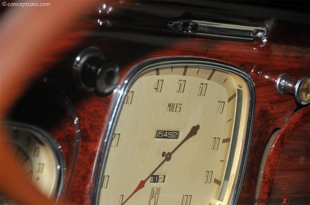 1935 DeSoto Airflow