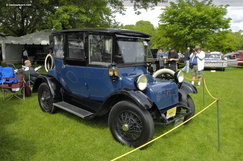 1914 Detroit Electric Model 47