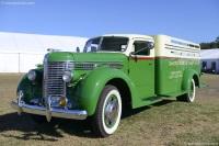 1934 Diamond T 406 image.