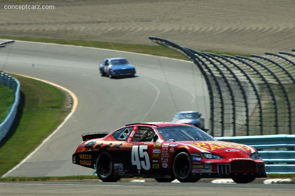 2006 Dodge Charger NASCAR | conceptcarz.com