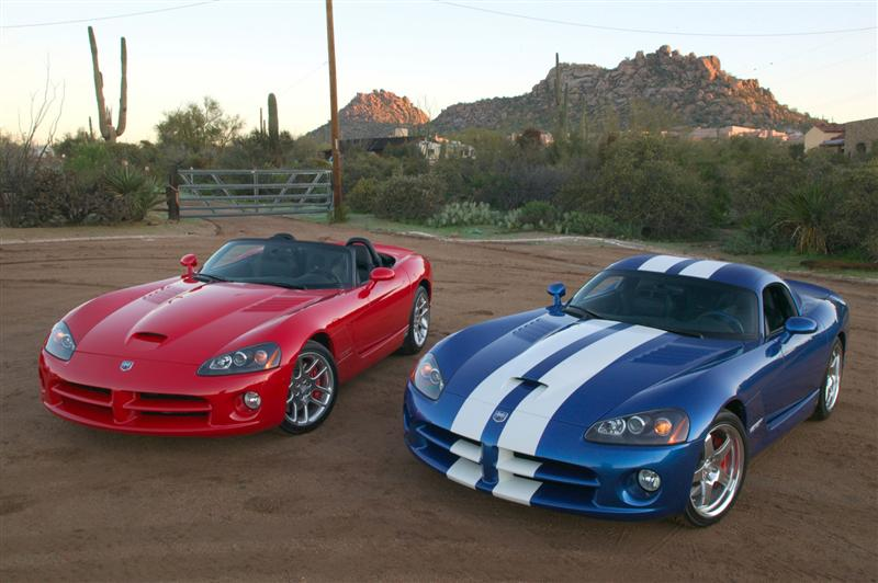 Dodge Viper SRT 10 Pictures And Wallpaper