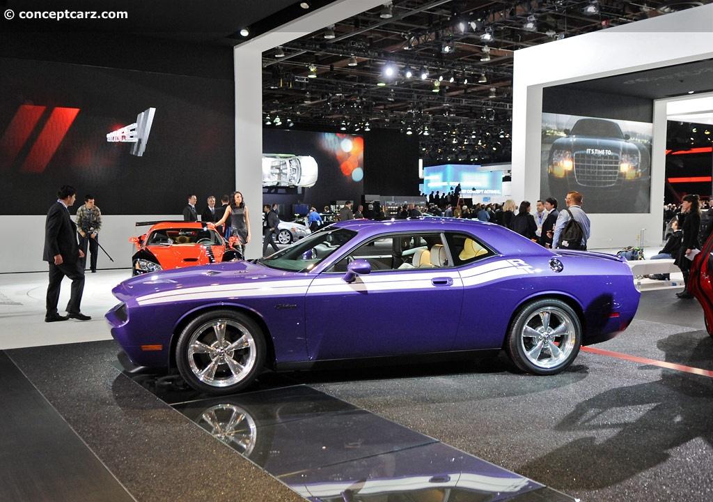 2010 Dodge Challenger Plum Crazy Image Https Www