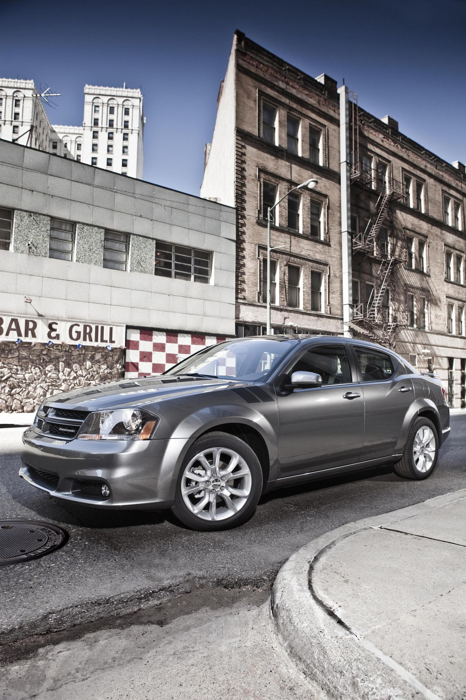 Dodge Avenger: Electronic vehicle information center (evic) – if equipped