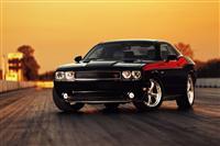 2013 Dodge Challenger image.