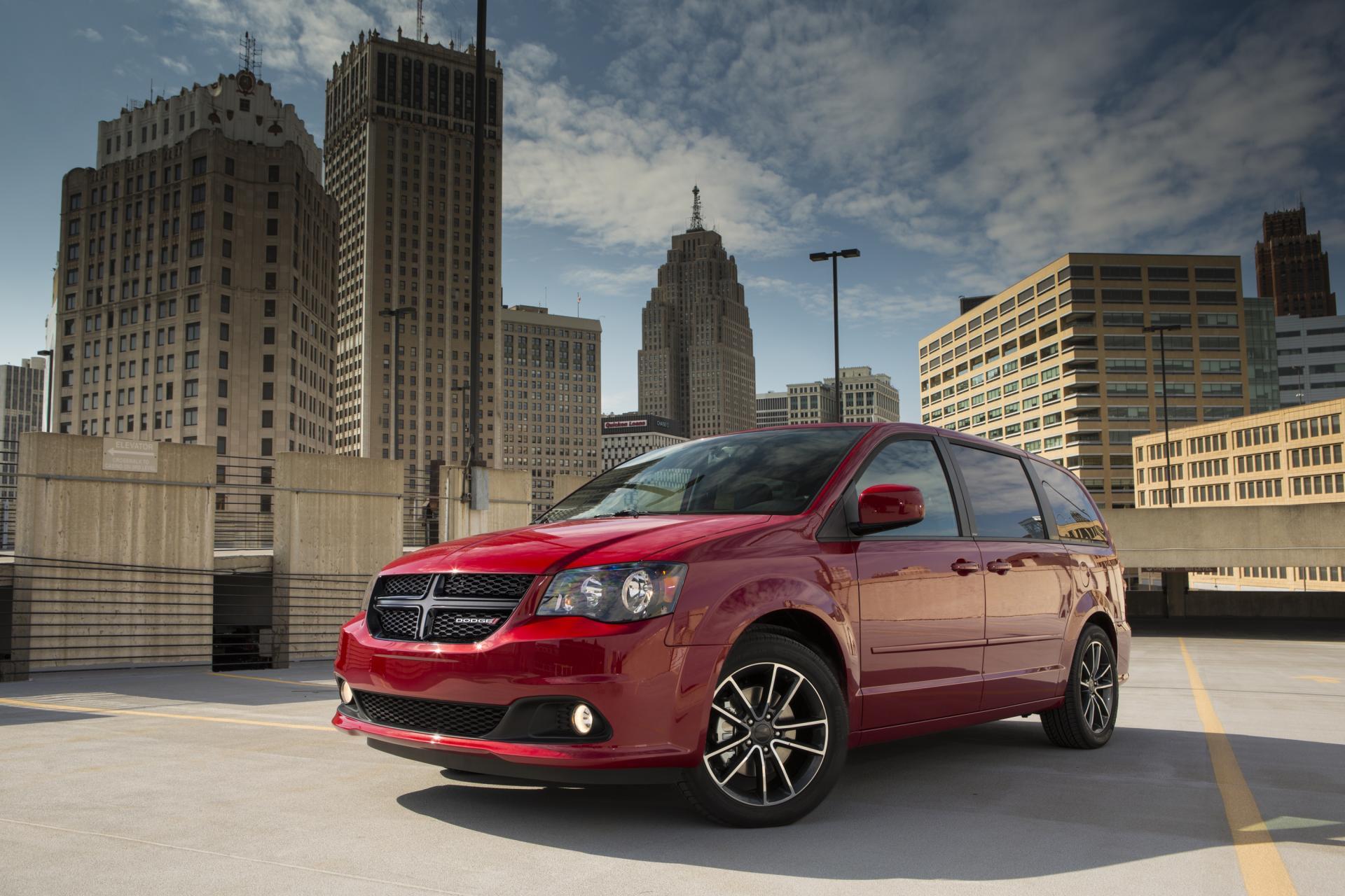 2013 Dodge Grand Caravan Blacktop Edition News And Information