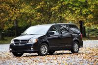2013 Dodge Grand Caravan image.