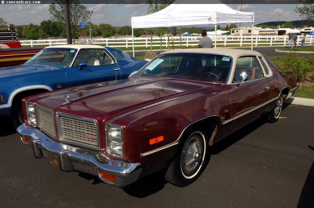 1977 Dodge Monaco Image. Photo 14 of 14