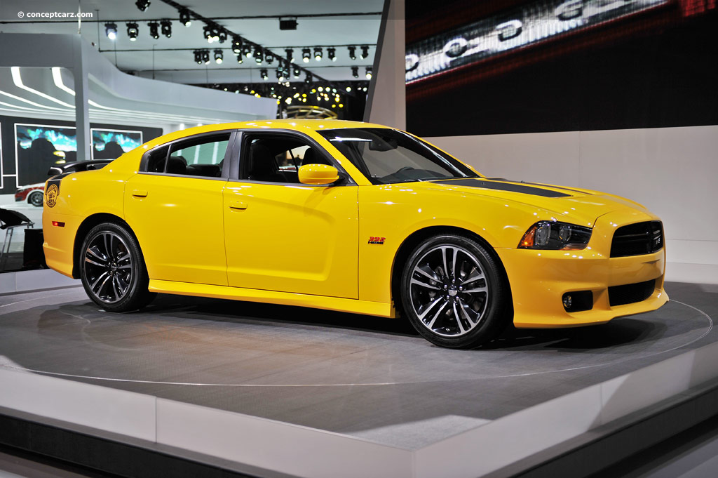 2012 Dodge Charger SRT8 Super Bee Image. https://www ...
