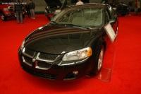 2005 Dodge Stratus image.