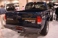 2004 Dodge Dakota image.