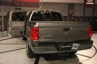 2005 Dodge Dakota image.