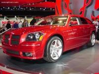 2005 Dodge Magnum image.