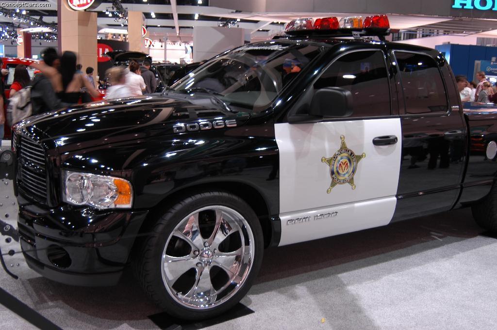 2002 Dodge Ram 1500 Ultimate Police Chief Image. https://www.conceptcarz.com/images/Dodge/dodge ...