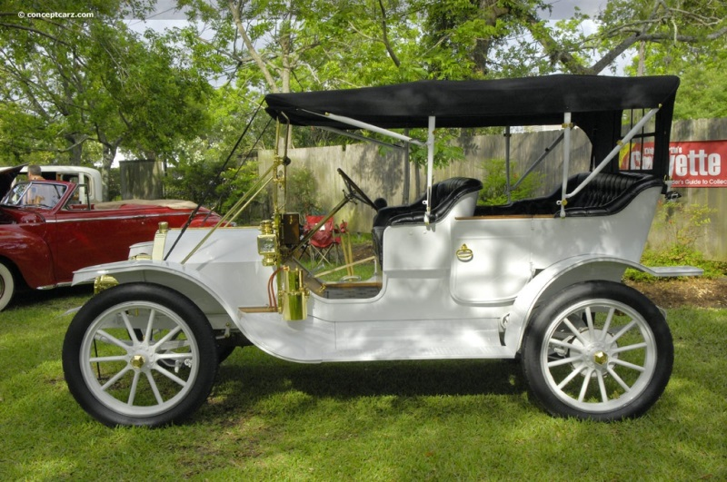 1910 Everitt Four-30