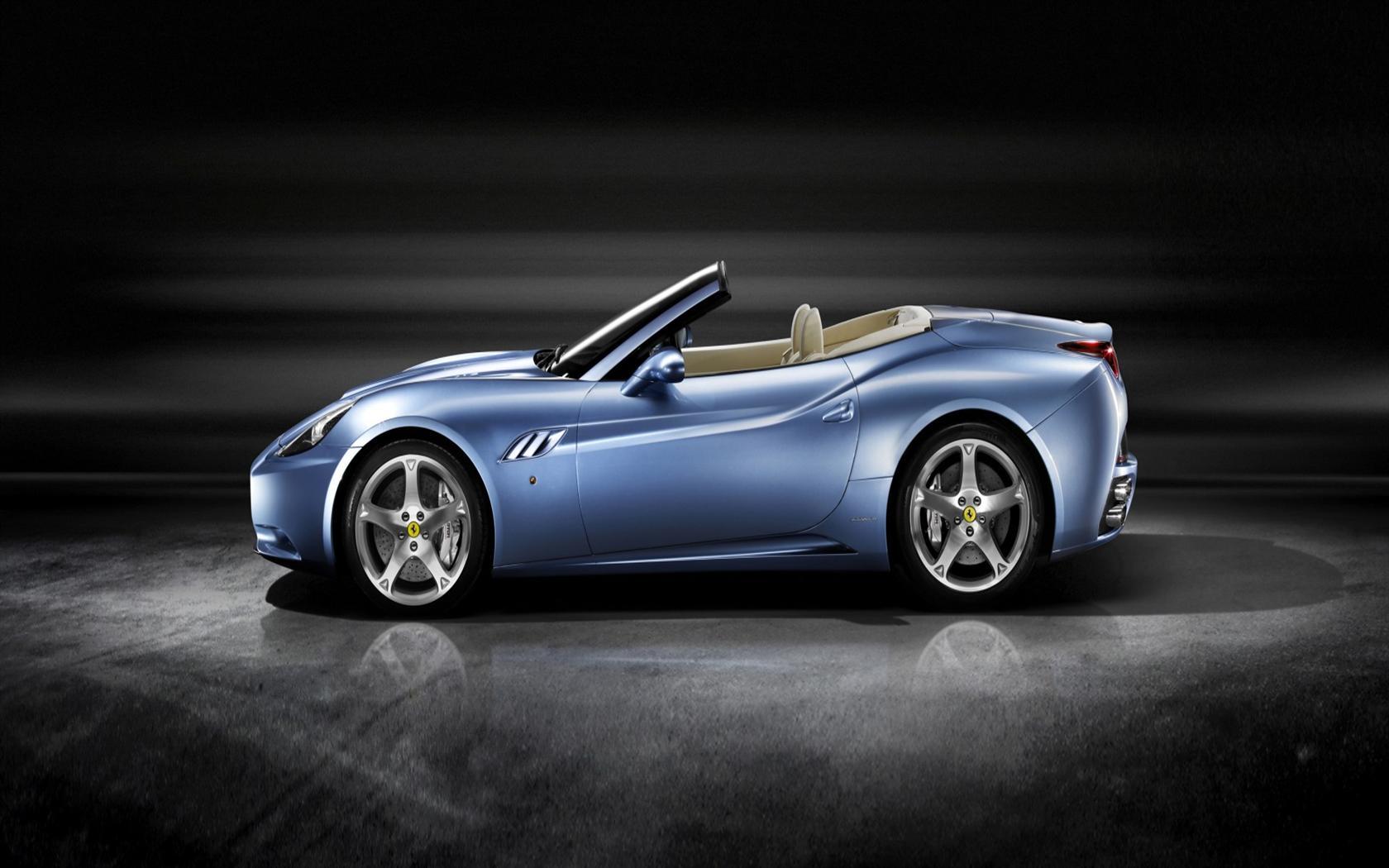 2011 Ferrari California Image. Photo 22 of 33