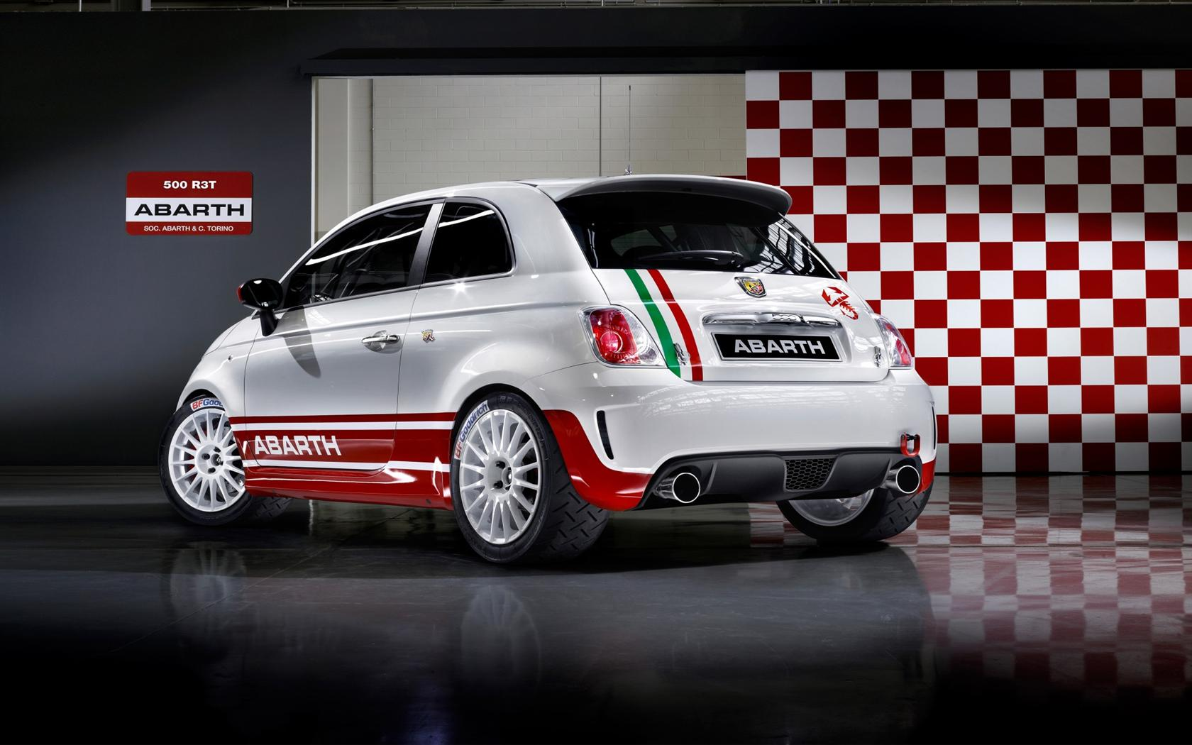 2010 Abarth 500 Image Https Www Conceptcarz Com Images