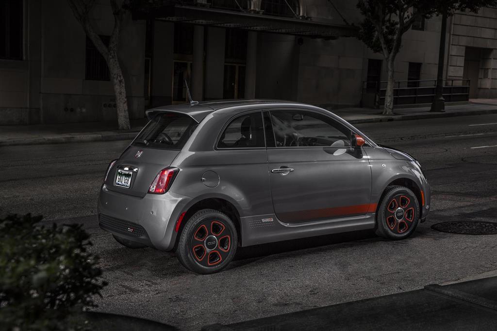 Fiat 500e auction