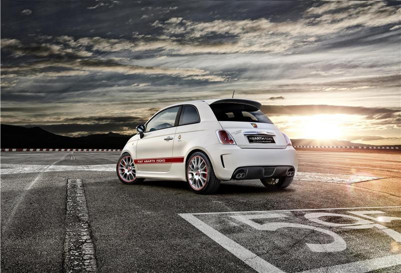 2013 Fiat Abarth 595 50th Anniversary Image. Photo 7 of 8