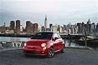 2013 Fiat 500 image.