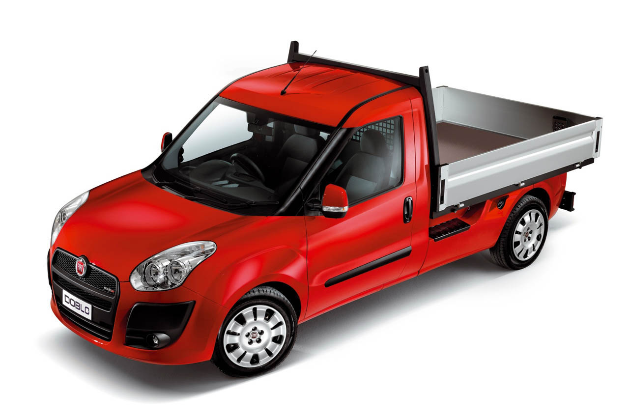 2012 fiat doblo work up news and information. Black Bedroom Furniture Sets. Home Design Ideas