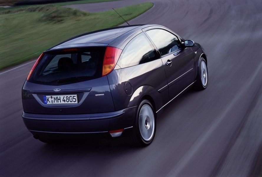 2002 ford focus wagon recalls