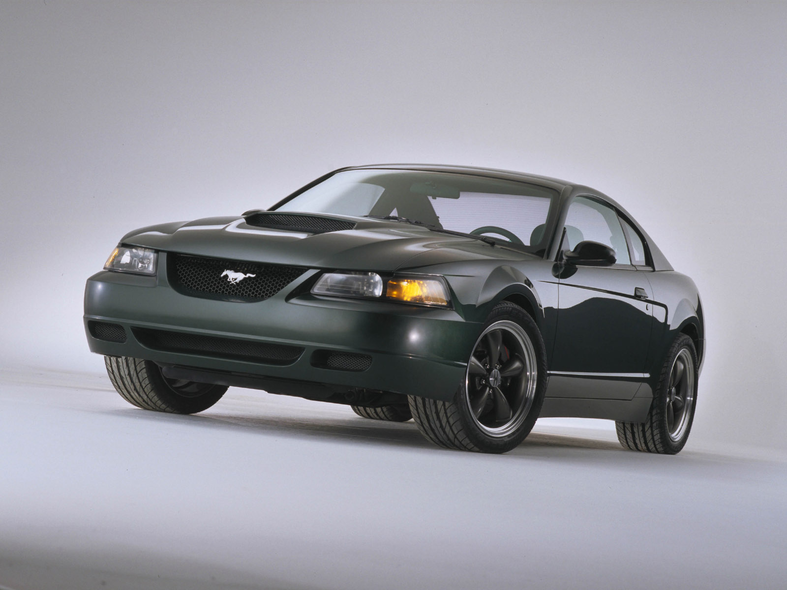 Rmfordauction additionally Ford Explorer Ex Concept M moreover Bullitt Mustang Gt Concept likewise Ford Explorer Sportsman Dv Rmm furthermore D How Change My Ford Touch Wallpaper Mb Ea. on ford explorer sportsman concept