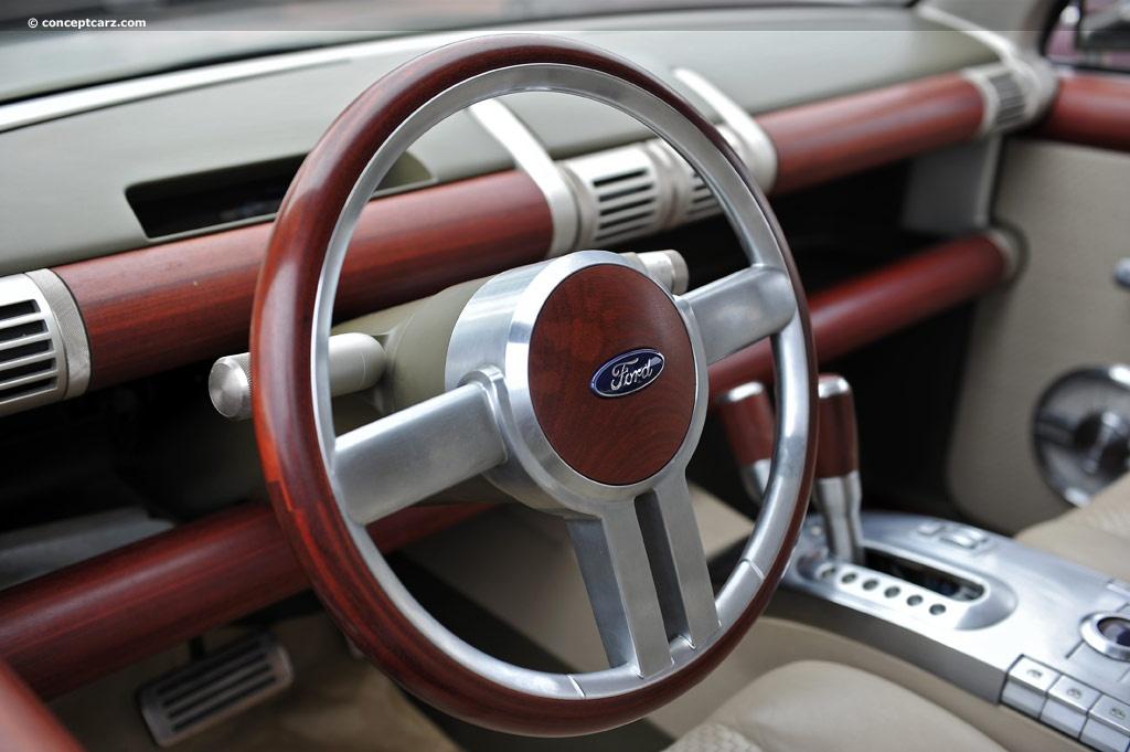 2001 Ford Explorer Sportsman Concept