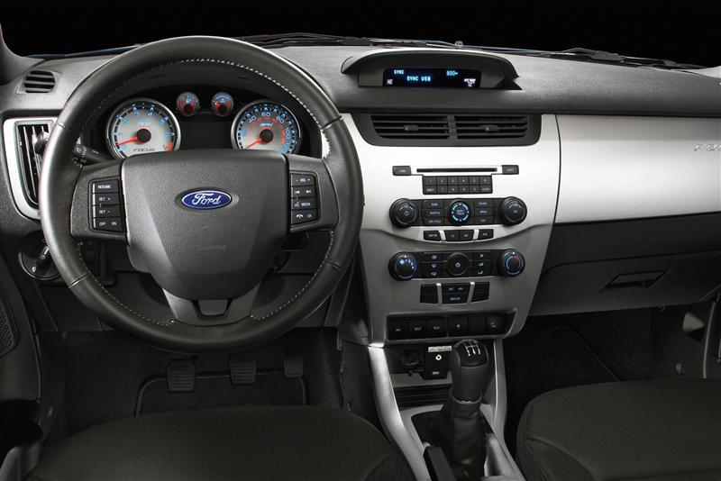2011 Ford Focus Image Photo 34 Of 81