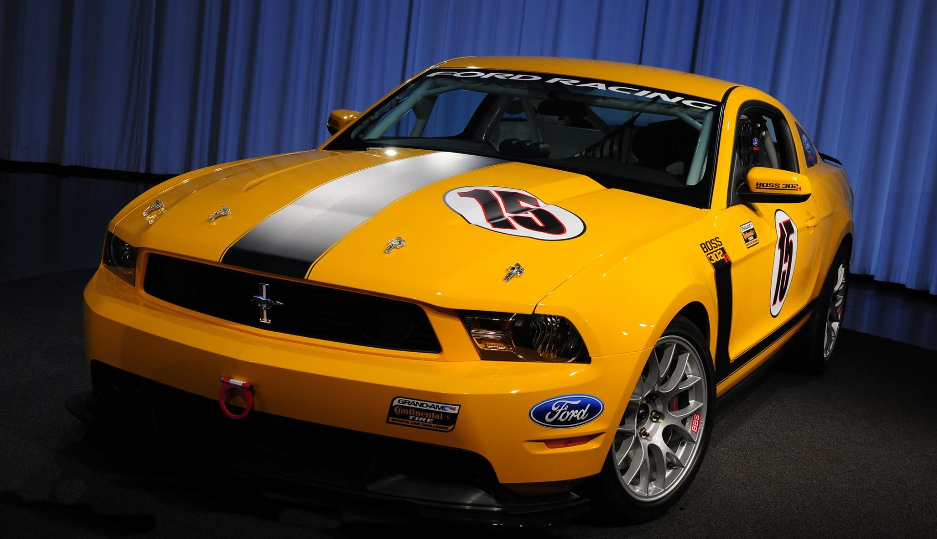 2011 ford mustang boss 302r news and information. Black Bedroom Furniture Sets. Home Design Ideas