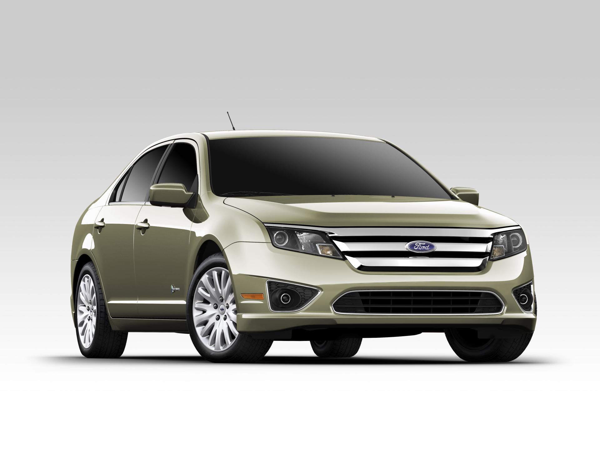 Ford Fusion Hybrid Car And Driver