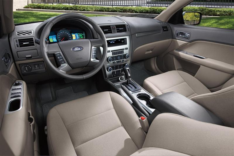 2012 ford fusion hybrid image. photo 1 of 10