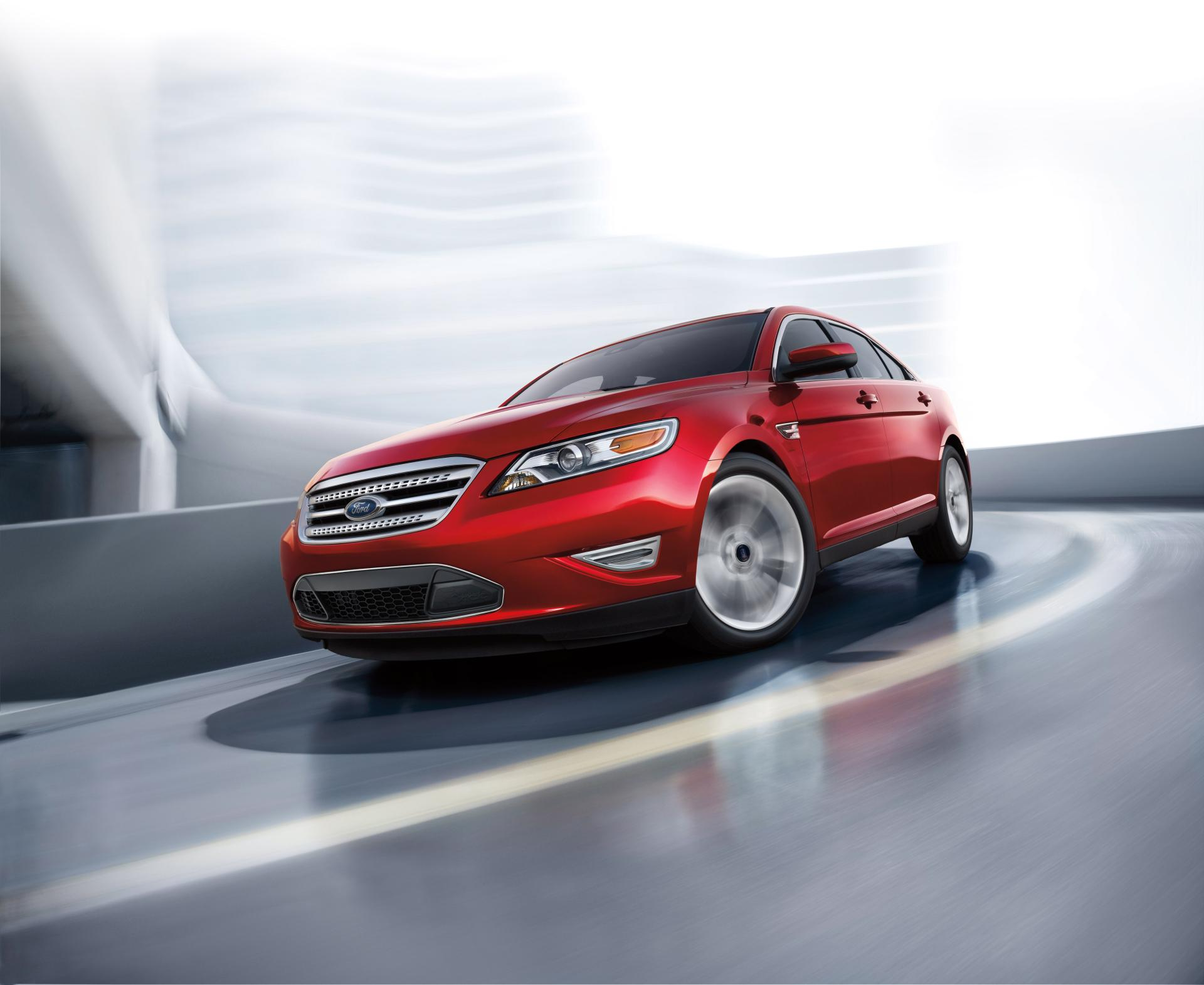 2012 Ford Taurus Image. Photo 17 of 24