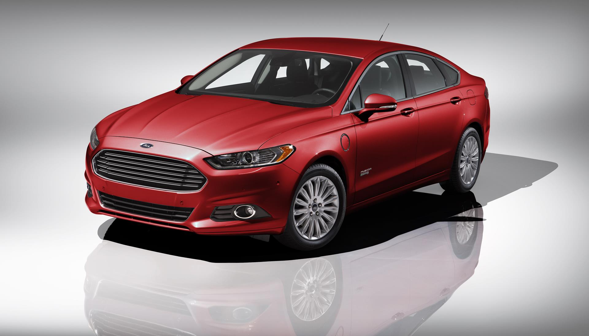 2015 Ford Fusion Energi News and Information