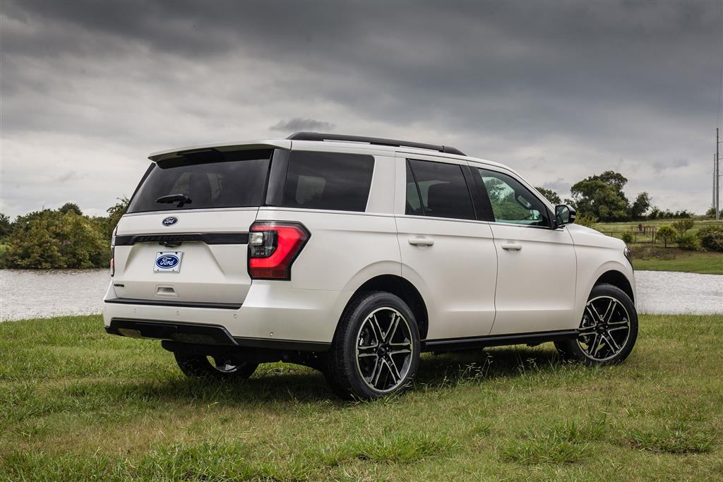 2019 Ford Expedition Stealth Edition News and Information