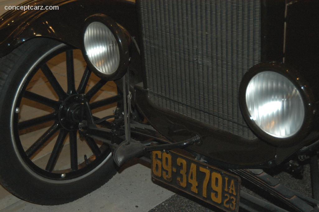 1923 Ford Model TT United Parcel Truck