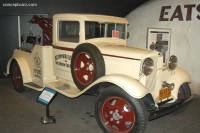 1932 Ford Model BB Tow Truck image.