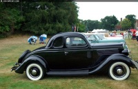 1935 Ford Model 48 Eight image.