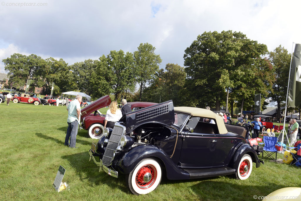 1935 Ford Model 48 Eight Image