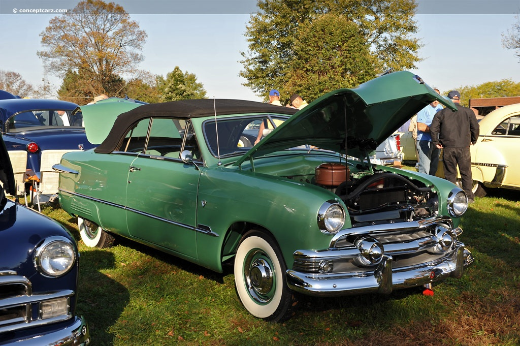 1951 Ford Custom Deluxe Image