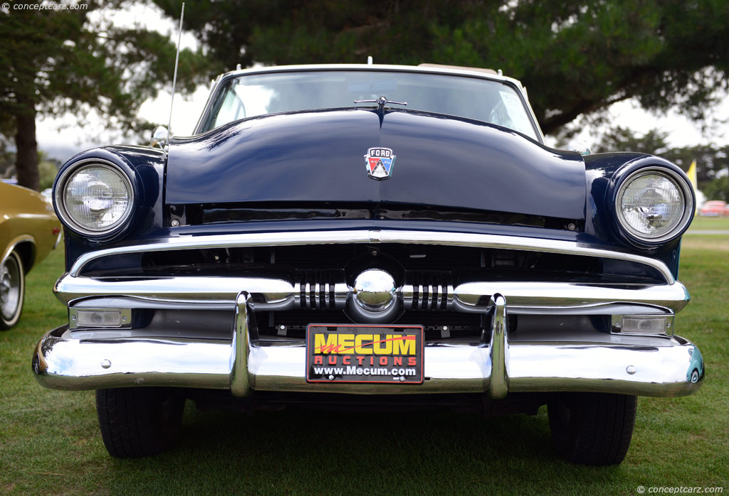 Auction Results and Sales Data for 1953 Ford Crestline