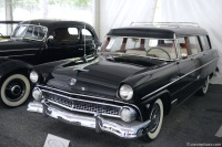 1955 Ford Station Wagon image.