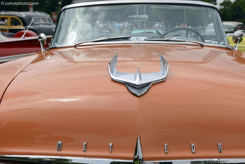 1956 Meteor Rideau | conceptcarz.com