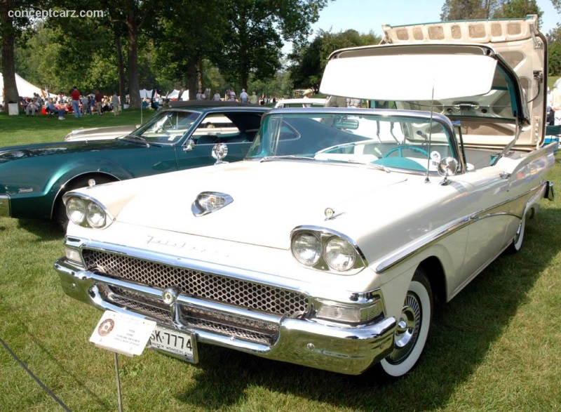 1958 Ford Fairlane 500 Skyliner Image. Photo 37 of 52