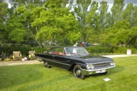 1961 Ford Galaxie image.