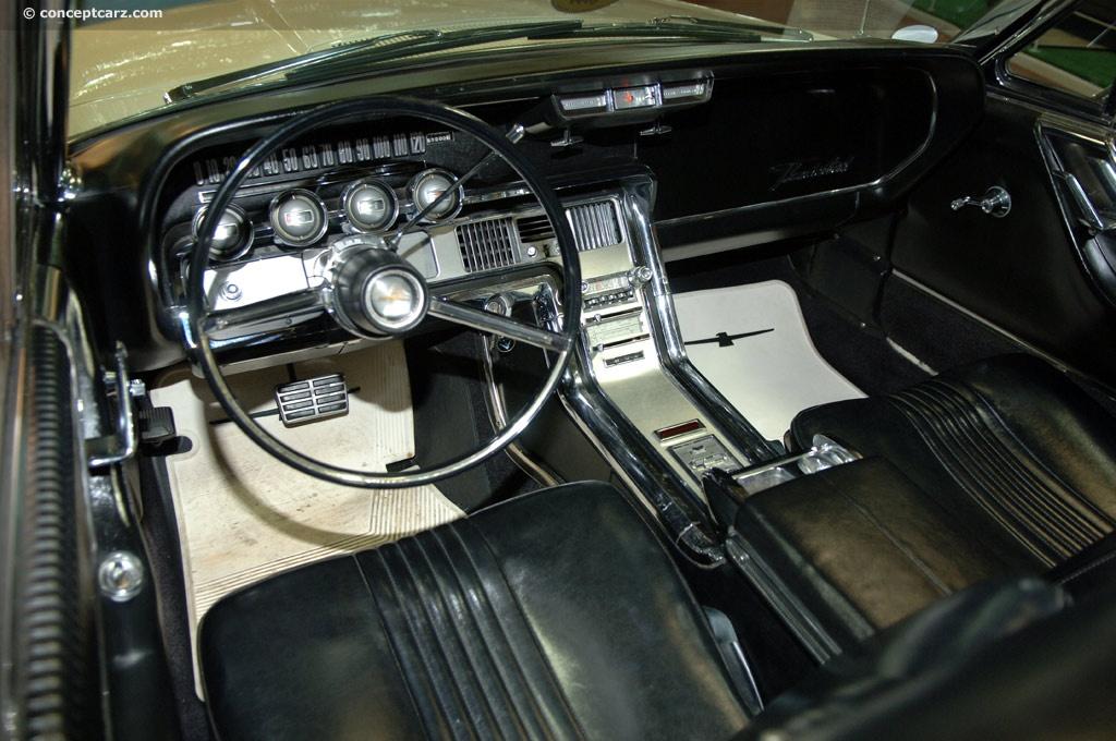 Ford Thunderbird Sprtrdstr Dv Volo I