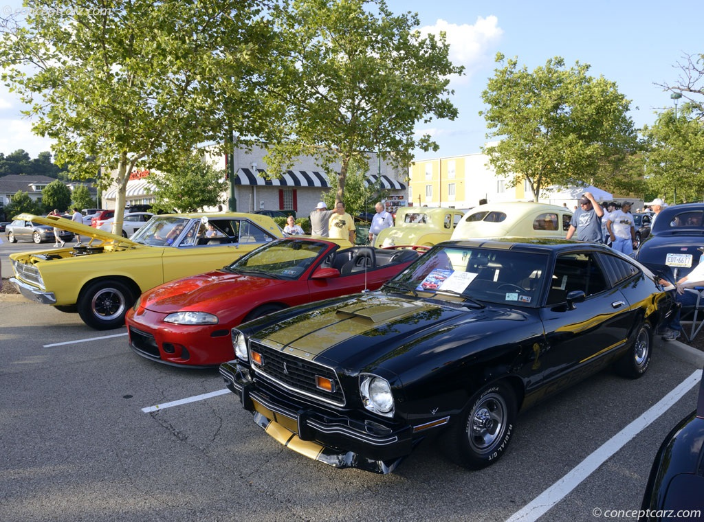 1976 Ford Mustang II Image. Photo 2 of 24