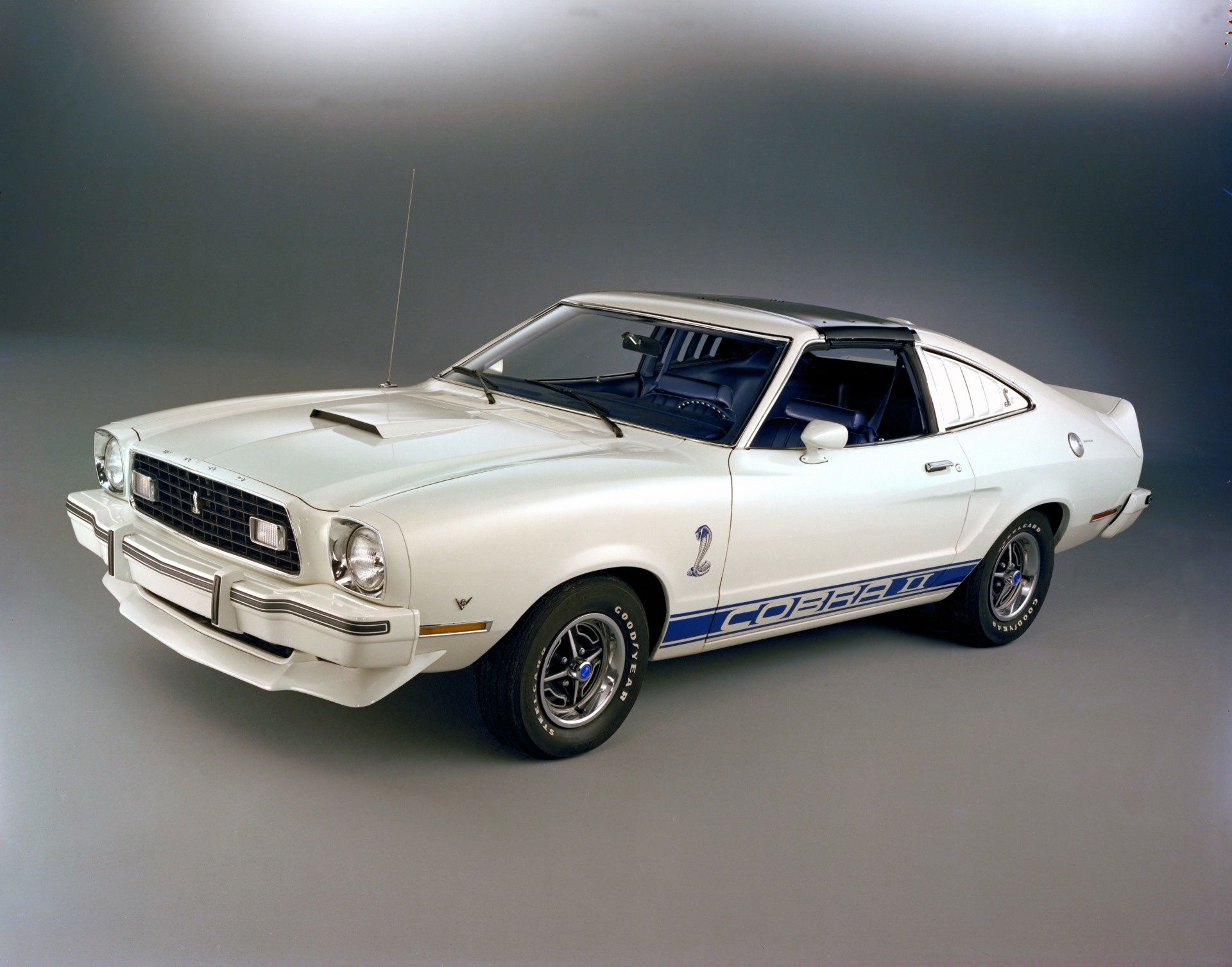 1976 ford mustang ii pictures history value research news. Black Bedroom Furniture Sets. Home Design Ideas
