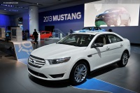 Ford Taurus Monthly Vehicle Sales